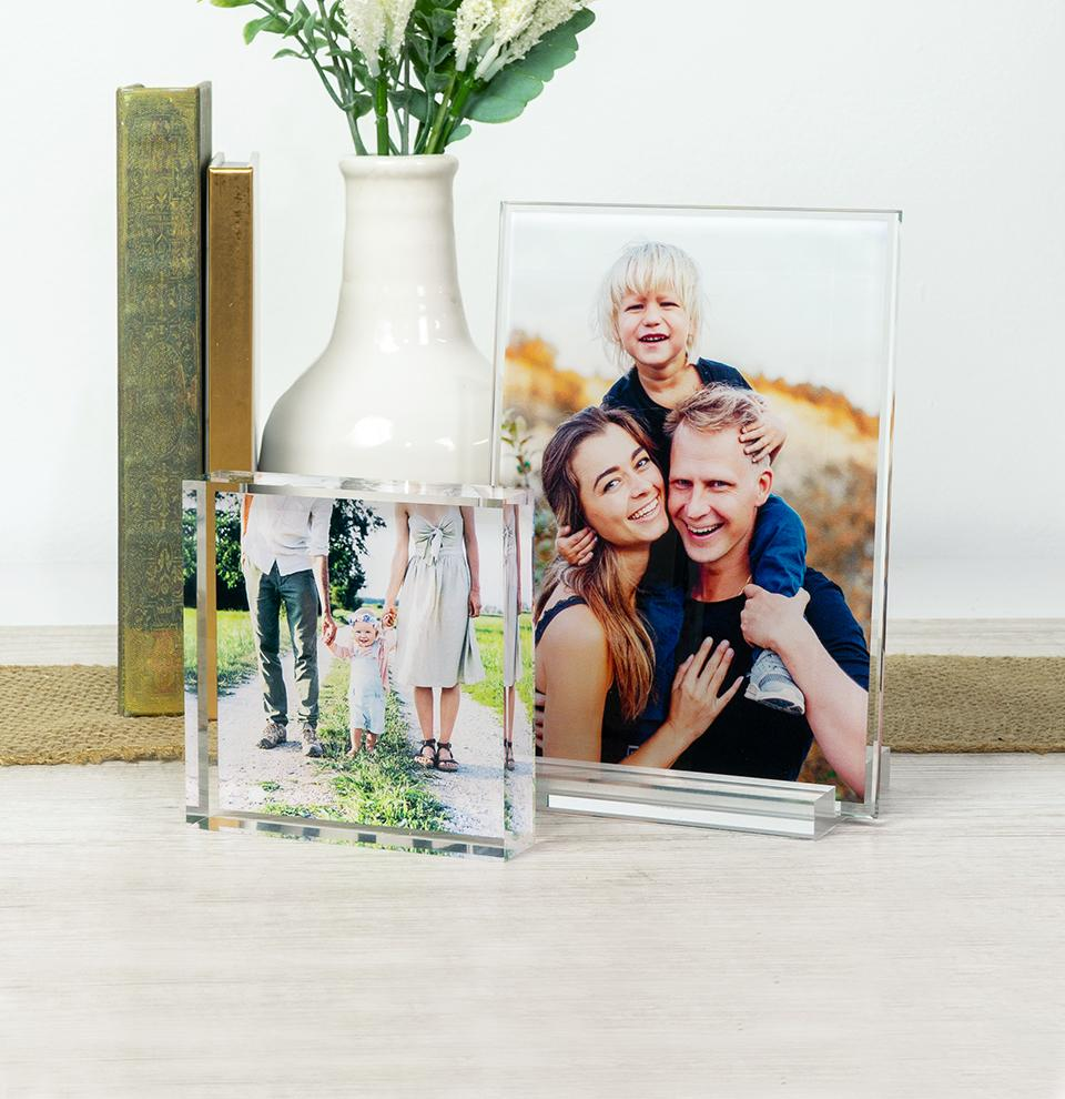 Top rated products to turn your favorite photos into awesome gifts or decor for your home.